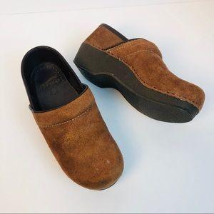 Dansko brown suede professionals clogs size 36 6